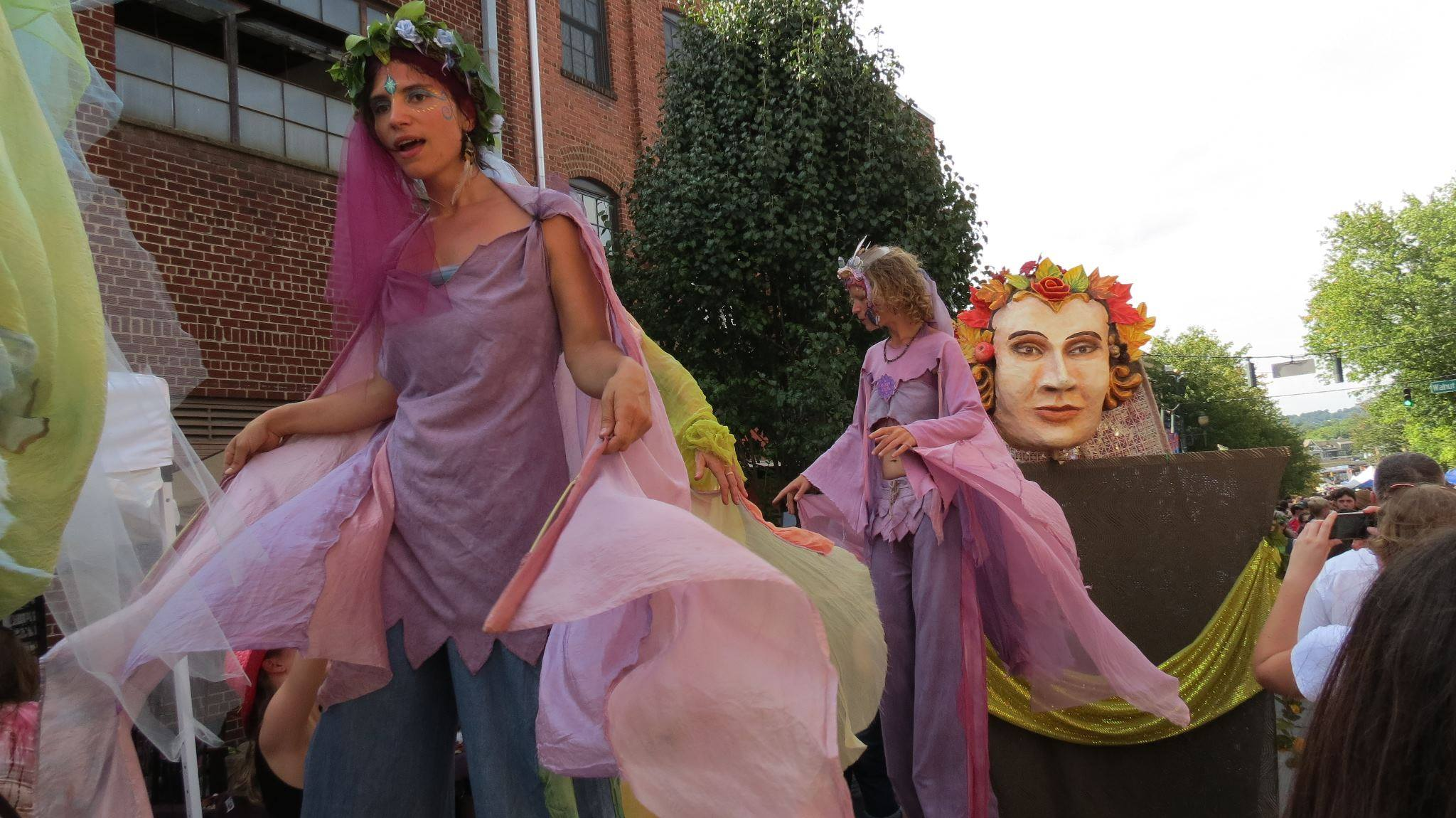 5 Things We Love About The Living Asheville Arts Festival