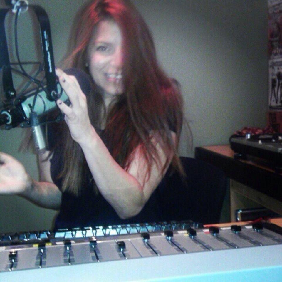 Michele Scheve at 103.3 AshevilleFM