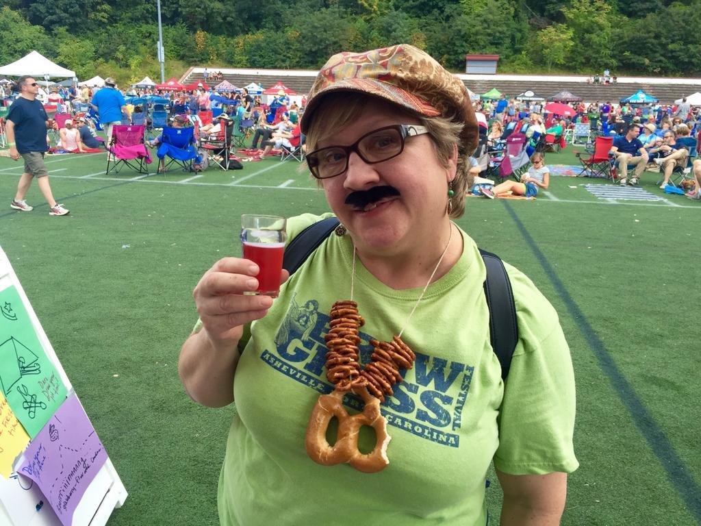 Mayor of Brewgrass Finalist @renebee50! Source: Katie Hild